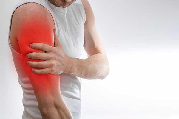علت درد زیر سینه سمت چپ