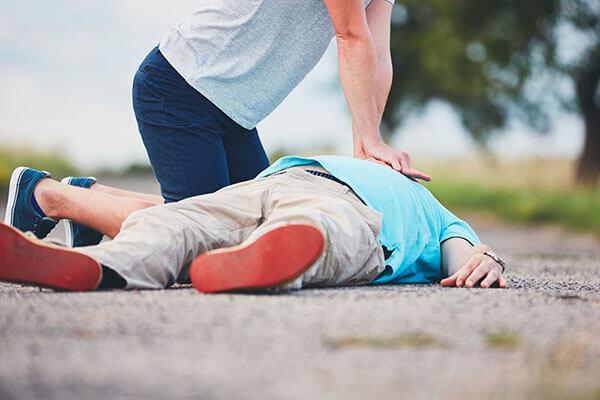 عملیات احیا (CPR)