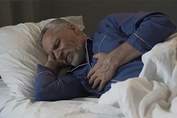 درد قفسه سینه هنگام خواب