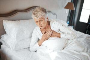 علت و راه درمان تپش قلب و تنگی نفس